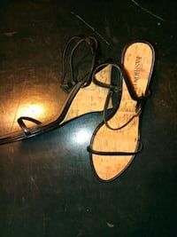 pair of black-and-brown leather sandals Erie, 16504