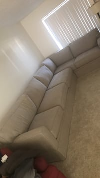 12 foot sectional 2262 mi