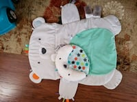 Tummy time mat and hanging playmat  Newport News, 23605