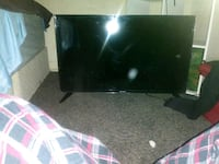 32 inch sharp TV  Capitol Heights, 20743