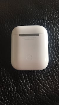 Authentic Apple Airpods Charging Case Toronto, M1E 4Y3