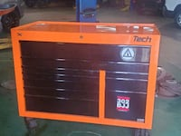 Selling my tool box New Castle, 19720