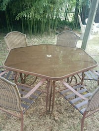 Picnic table with 6 chairs