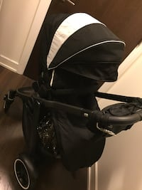 Graco stroller original price $499 plus tax it was used for couple day Toronto, M9C 0A9