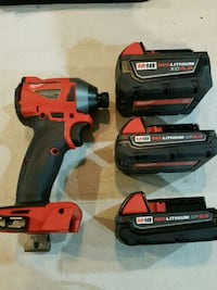 Milwaukee 3rd gen impact driver and batteries  Toronto, M6G 3B3