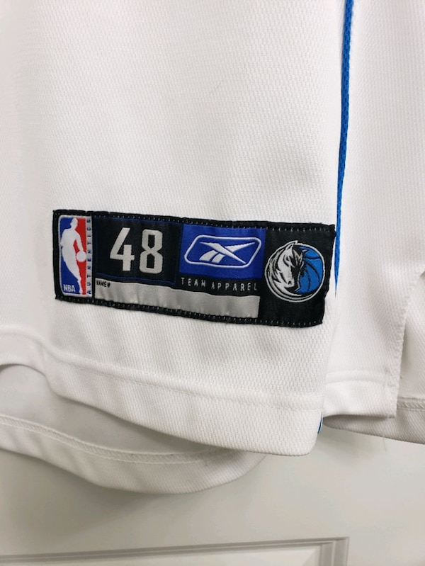 black and white Dallas 41 basketball jersey 1