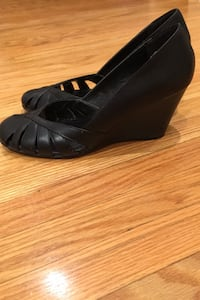 Spring black wedge heel