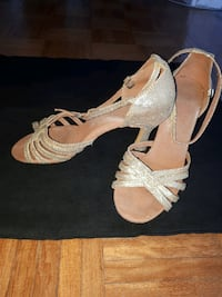Ball dancing shoes size 8 gold Maroubra, 2035