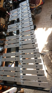 Ludwig xylophone with stand and bag Calgary, T2Y