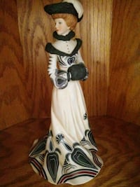white and black ceramic figurine Youngstown, 44509