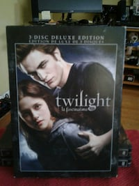 Twilight 3-disc deluxe edition box Kitchener, N2G 3N8