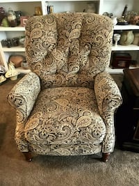 Haverty Electric Recliners