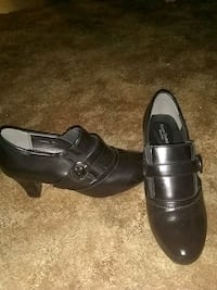 pair of black leather shoes Grand Junction, 81501