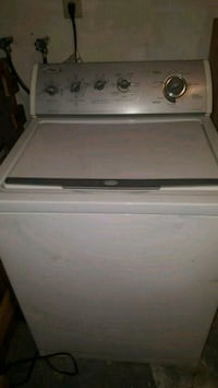 Washing machine by whirlpool  New Port Richey, 34653