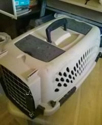 white and black pet carrier Toronto, M1W 3S1