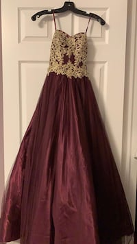 Prom Dress / Ball Gown  Toronto, M2K 0C2