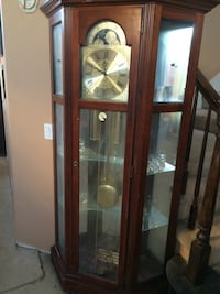 Brown wooden framed glass display cabinet Palmdale, 93551