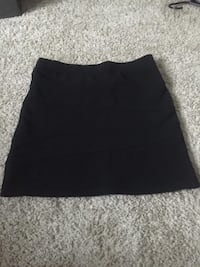 Black Skirt  Oxon Hill, 20745