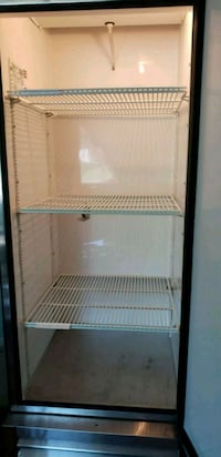 white and black comercial refrigerator Sterling, 20164