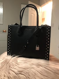 Authentic Michael Kors Black Studded Mercer Handbag w/optional long strap- LIKE NEW- Gently Used! EXCELLENT CONDITION! Bolingbrook