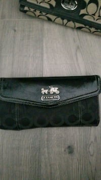 Coach wallet New Westminster, V3M 5J6