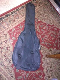 TOP OF THE LINE HOHNER GUITAR CARRIER FOR SMALL GUITAR. Hagerstown, 21740