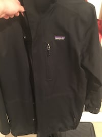 Men's Patagonia jacket size small  Toronto, M4P 2J9