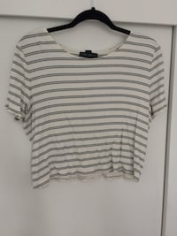 Women's white and black horizontal-striped crop top