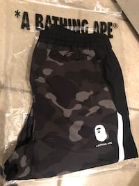 New Bape Block sweatpants size large  Oxon Hill, 20745