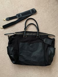 BNWOT H&M Large Weekend Bag Mississauga, L5M 7K3