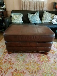 Leather Ottoman Silver Spring