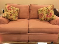 Moving ... items must go ... make an offer !!! Pet friendly with no damage .. in great condition and chair reclines