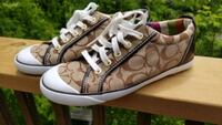 Coach Sneakers size 8 - warn once Kitchener, N2N 3M1