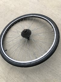"""26"""" bicycle rear wheel,tire and cassette"""