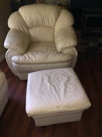 Cream leather matching comfy 5 piece (sofa, 2 arm chairs & 1 ottoman) - $350 as set or will sell separate pieces Ladysmith, V9G 0B2