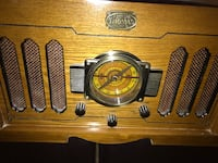 Radio and record player...mint condition..antique design  LaGrangeville, 12569