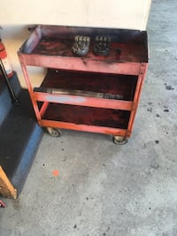 red and black metal tool chest Los Angeles, 90012