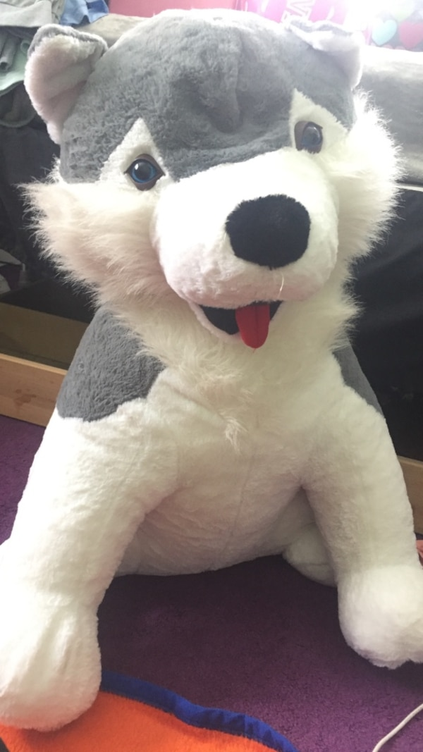 Used Gray And White Wolf Plush Toy For Sale In Baldwinsville Letgo