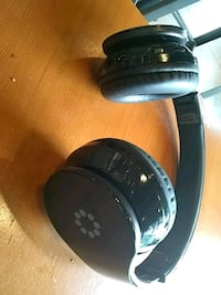 High quality sound memorex wire less head ohone Seattle, 98133