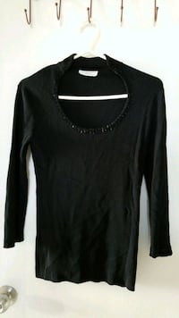 XL Sweater Shirt Toronto, M6M 4C2