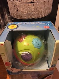 Baby musical toy ball excellent condition Delta, V4E 3J2