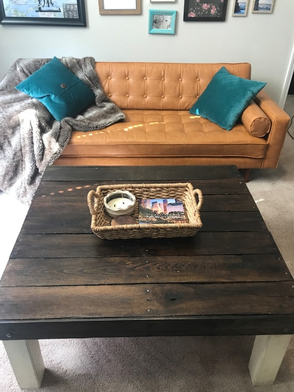 Custom Coffee Table dfe0a30a-09d4-434e-b947-24172841ff9f