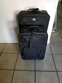 Black Suitcases offer 25$ both. Laval, H7E 5B1