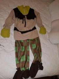 Shreck costume.   Fits about 4t to 6t New Hartford
