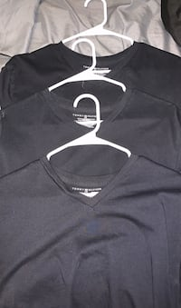 Tommy Hilfiger Black Shirts/Tees Columbia, 38401