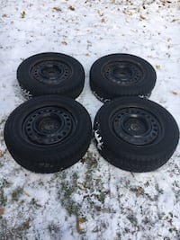 Winter Claw Extreme Grip Tires On Steel Rims 225 60 R16 set of 4 Innisfil, L9S 1E9