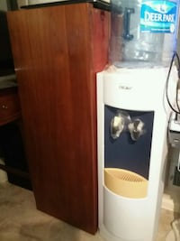white and brown wooden cabinet Fairfax, 22032