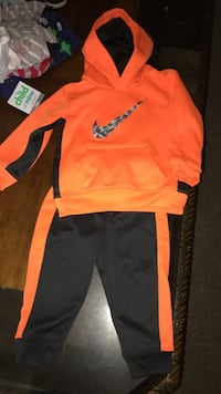 Nike outfit 18 months  Pittsburgh, 15229