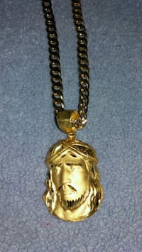GoldPlated Jesus Medallion and 24 inch Chain. Allentown