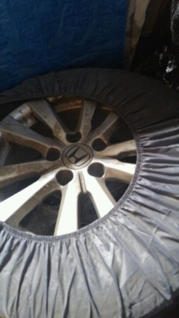 Original Honda civic rims with brand new Goodyear Eagle tires  3
